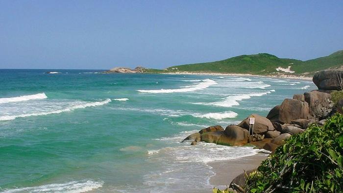 Playas nudistas de brasil, playa Galheta