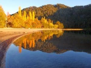 Lago Espejo Chico, foto, villa la angostura, arrayán, lago, puerto manzano, patagonia, defiestaenamerica.com