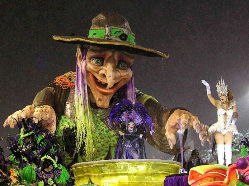 Carroza Carnaval, Rio Carnaval, carnaval, carnaval gay, el carnaval, carnavales, rio de janeiro carnaval, de fiesta en america, alojamiento rio de janeiro, hotel en copacabana, alojamiento en brasil, alojamiento carnaval, escolas do samba, sambodromo, carnaval