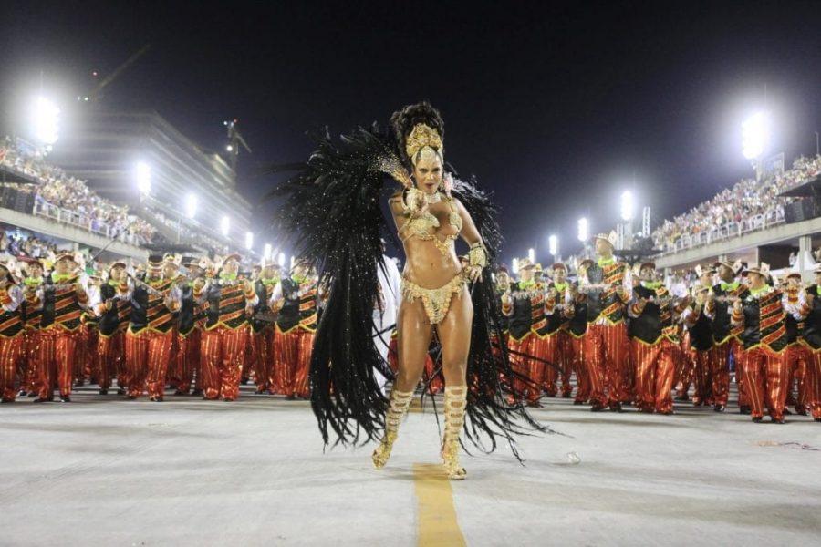de fiesta en america, alojamiento rio de janeiro, hotel en copacabana, alojamiento en brasil, alojamiento carnaval, Rio Carnaval, carnaval, carnaval gay, el carnaval, carnavales, rio de janeiro carnaval